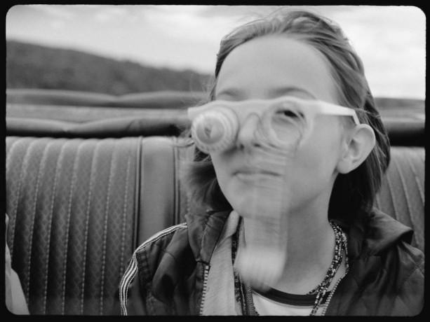 Image de la jeune comédienne Isadora Galwey dans le film de Guylaine Dionne Les Fantômes des 3 Madeleine (Source : collection personnelle)