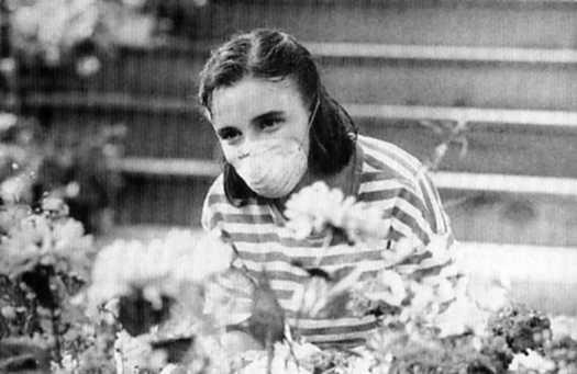 Jessica Barker dans le téléfilm Le jardin d'Anna d'Alain Chartrand (crédit photo Michel Gauthier - coll. filmsquebec.com)