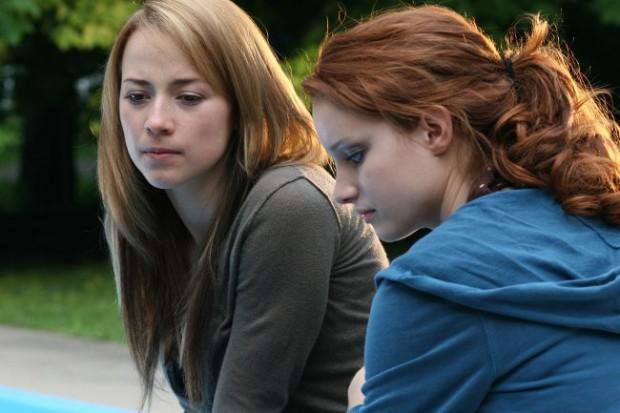 Laurence Leboeuf et Karine Vanasse dans Ma fille mon ange (photo : Bertrand Calmeau)