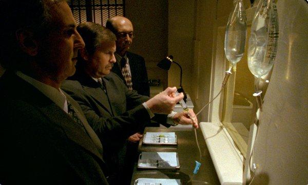 Extrait du film Manners of dying (Jeremy Peter Allen, 2004 - ©Productions Thalie)