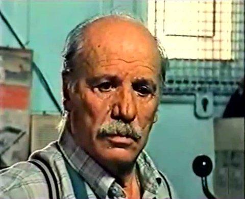 Francisco Rabal dans le film Manuel, le fils emprunté de François Labonté (capture VHS, ©filmsquebec.com)