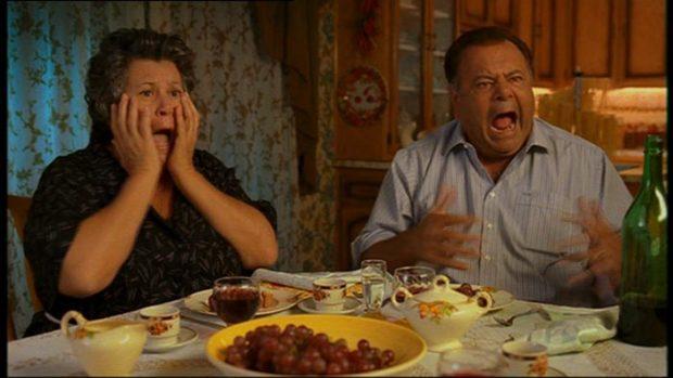 image des comédiens Ginette Reno et Paul Sorvino dans la comédie québécoise Mambo Italiano