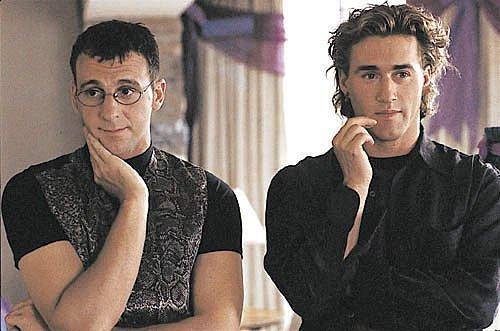 Résumé détaillé du film J'en suis!, Claude Fournier, 1996