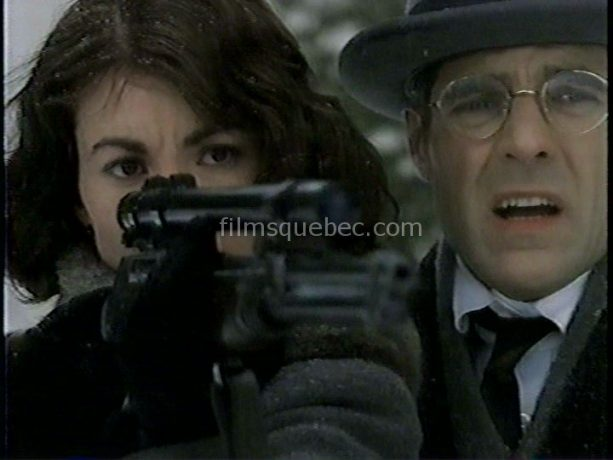 Henry Czerny et Bronwen Booth dans Kayla de Nicholas Kendall