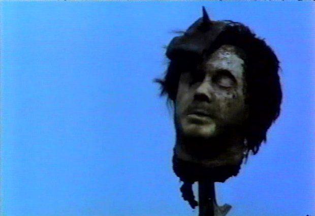 Ils étaient cinq (VF de Rituals) : vision d'horreur (Capture d'écran de la VHS originale version québécoise - ©filmsquebec.com)