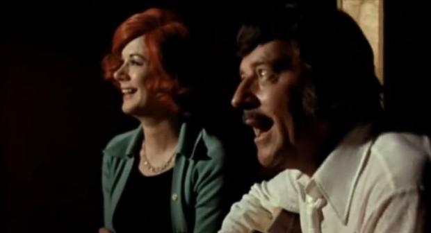Capture d'écran de Willie Lamothe et Denise Filiatrault dans La mort d'un bûcheron de Gilles Carle (coll. personnelle)