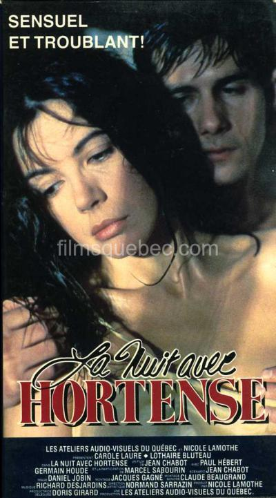 Pochette VHS du film La nuit avec Hortense de Jean Chabot - On y Voit les deux comédiens parincipaux en train de s'enlacer