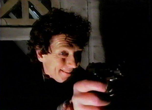 Denis Mercier dans <em>La présence des ombres</em> de Marc F. Voizard - le mari corrompu et traitre - (image tirée du film, collection filmsquebec.com)