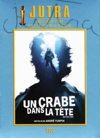 Pochette DVD du film Un crabe dans la tête d'André Turpin (Alliance Vivafilm)