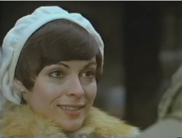 Claire Pimparé dans le film Gabrielle (Yesterday) de Larry Kent (source capture d'écran VHS)