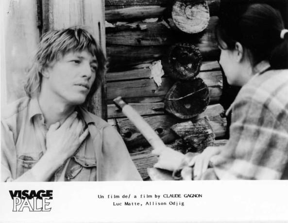 Luc Matte et Allison Odjig dans le film Visage pâle de Claude Gagnon (source image : collection personnelle)