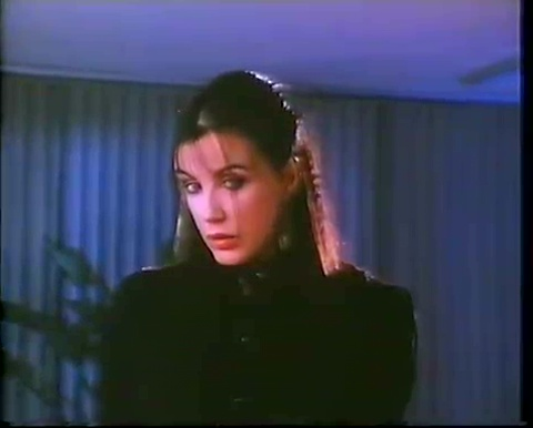Carole Laure dans The Surrogate de Don Carmody (image tirée du film - Collection filmsquebec.com)