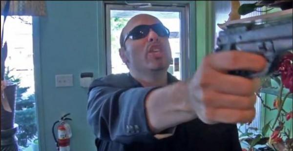 Nils Oliveto dans son film Duplicando