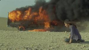Incendies de Denis Villeneuve (Lubna Azabal sort du bus en flammes)