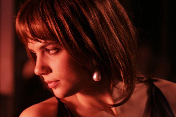 Clara Furey dans Serveuses demandées (Dionne, 2009)