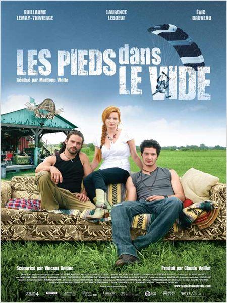 Affiche du film Les Pieds dans le vide (Mariloup Wolfe)