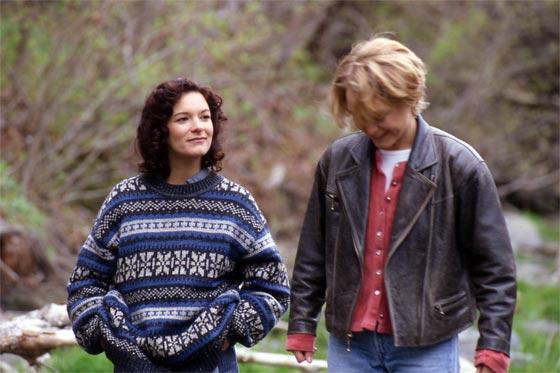 Dominique Leduc et Stéphanie Morgenstern dans Revoir Julie (Crépeau, 1998)