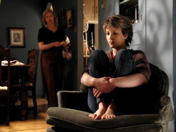 Sophie Dion dans La pension des étranges (réal. Stella Goulet, 2005 - © Copyright Benoît Jolivet)