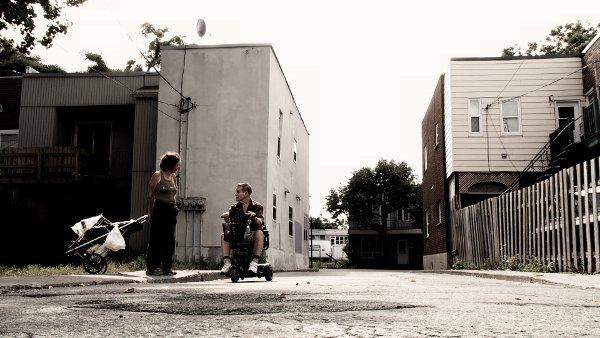 Un extrait du film À St-Henri le 26 août, de Shannon Walsh