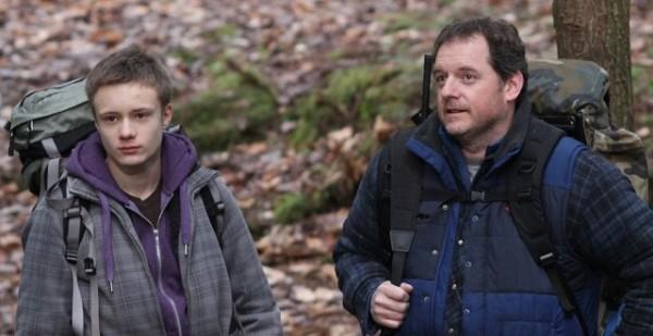 Paul Doucet et Antoine L'Écuyer dans le film La garde