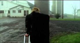 Vignette de la bande annonce du film Tom à la ferme