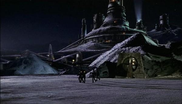Image de la planète Sirius 6B dans le film Screamers de Christian Duguay