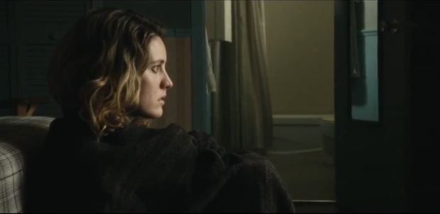 Evelyne Brochu dans le film Les loups de Sophie Deraspe (image extraite de la bande annonce du film)