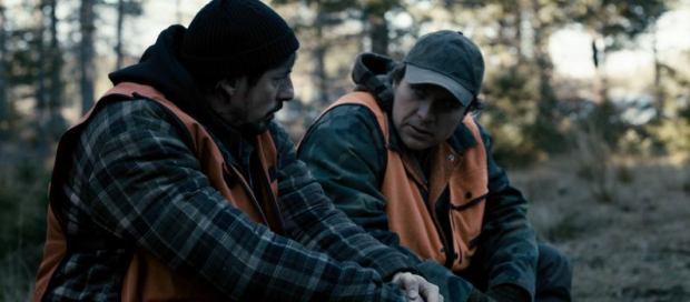 Image des comédiens Patrice Dubois et Stéphane Breton. Les deux fils de Germain dans Camion (Rafaël Ouellet, 2012 - ©Coop Vidéo de Montréal)