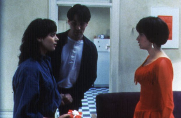 Image des comédiens Joanne Vannicoli, Thomas Gibson et Ruth Marshall dans Love and Human Remains (réal. Denys Arcand, prod. Max Films - 1993 - source image : collection personnelle)