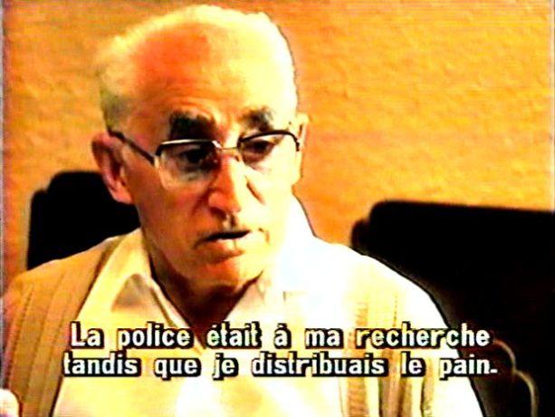 Image extraite du film Caffè Italia, Montréal (1985, Paul Tana) - On y voit un résident âgé témoigner de son arrestation et de son emprisonnement au camp de Petawawa