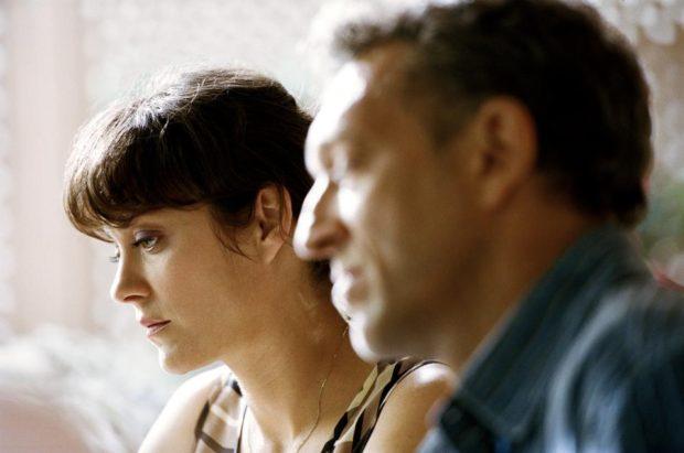 Image officielle du film Juste la fin du monde de Xavier Dolan – Marion Cotillard, Vincent Cassel - Photo : Shayne Laverdière, courtoisie de Sons of Manual