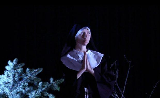 Jennyfer Desbiens dans le film Les arts de la parole d'Olivier Godin
