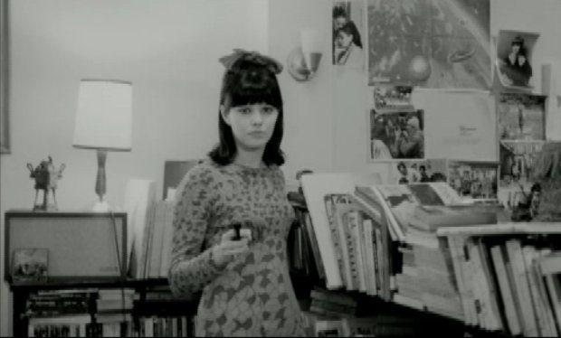 Copie écran de Claudine Monfette (Mouffe) dans le film Il ne faut pas mourir pour ça de Jean Pierre Lefebvre (1966)