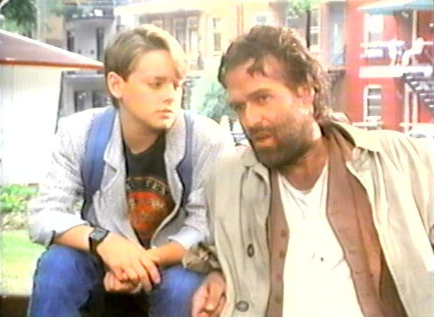 Image des comédiens Yves Desgagnés et Guillaume Lemay-Thivierge dans Coeur de nylon de Michel Poulette (Image extraite du film - collection filmsquebec.com)