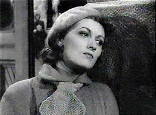 Monique Miller dans Tit-Coq de René Delacroix et Gratien Gélinas (image extraite du film - collection filmsquebec.com)