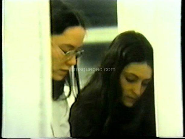Les deux soeurs Christiane et Nicole dans Hiver bleu d'André Blanchard