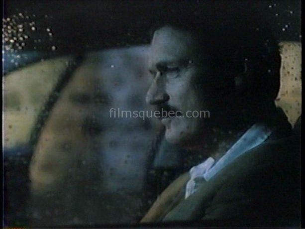 Le comédien Irlandais joue un journaliste dans le film The Press Run de Robert Ditchburn. Sur la photo, on le voit pensif, au volant d'une auto arrêtée.