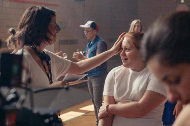 Alexane Jamieson sur le tournage de Jeune Juliette d'Anne Émond (photo: Lou Scamble)
