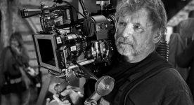 Le directeur photo Pierre Mignot à l'oeuvre sur le tournage de La maison du pêcheur