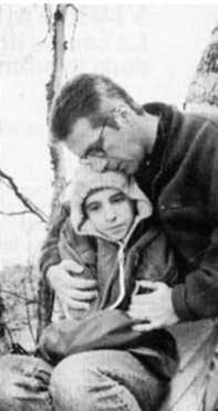 Jessica Barker et Roger Léger dans Le Jardin d'Anna (crédit Michel Gauthier - coll. filmsquebec.com)