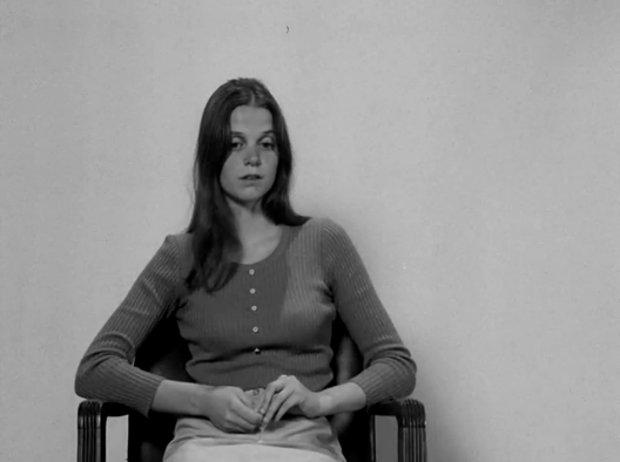 Image de la comédienne Esther Auger dans le film On est loin du soleil (Jacques Leduc, 1970 - ONF)