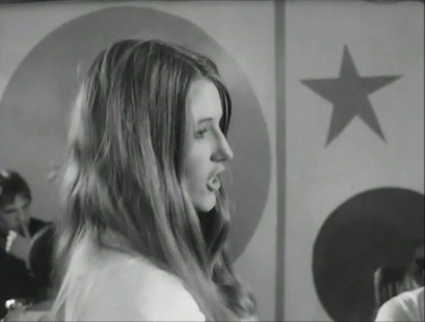 """Danielle Ouimet dans """"Valérie"""""""