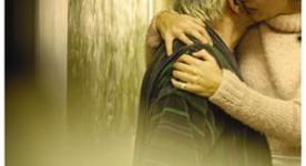Affiche américaine du film québécois Les signes vitaux de Sophie Deraspe
