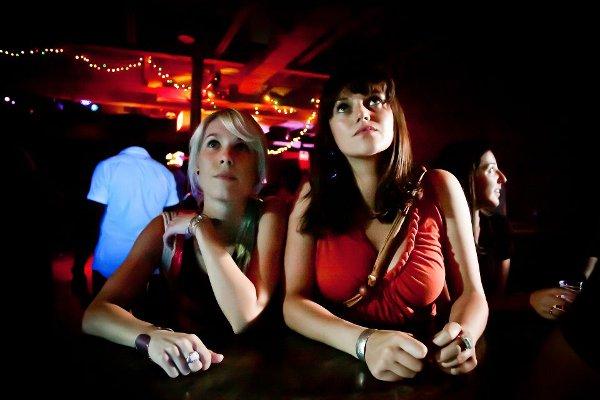 Misogyny/Misandry avec Melissa Paulson (g) et Katie Bird Nolan (d) - Photo Emily Gan