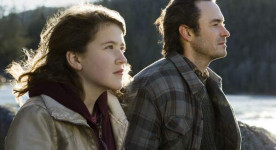 Ariane Legault et Sébastien Ricard dans Une jeune fille (Catherine Martin - 2013 - K-Films Amérique - © Films 53/12)