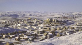 Photo de la ville d'Iqaluit (Collection Nick Newbery)