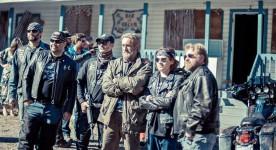 Roy Dupuis dans le film Feuilles mortes (source page Facebook du film)