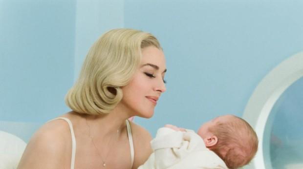 Monica Bellucci mère idéale? (photo officielle de Ville-Marie, Max Films Média)