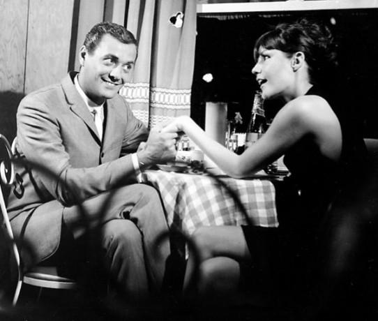 Mariette Léveasque et Jean Roger dans Manette de Camil Adam