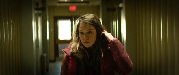 Tatiana Maslany dans Two Lovers And A Bear de Kim Nguyen